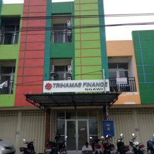 PT Trihamas Finance Cab. Ngawi,  Ruko Ngawi Square,  Jl. Raya Solo No.17,  Desa Grudo,  Kecamatan Ngawi,  Kabupaten Ngawi,  Jawa Timur.