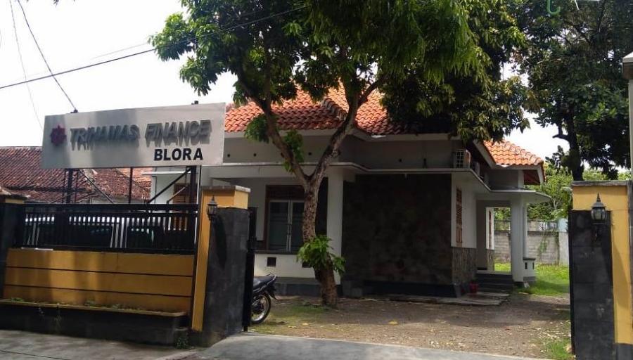 PT  Trihamas Finance Cabang Blora,  Jalan Sudarman No.15 RT 03 RW 02,  Kelurahan Mlangsen,  Kecamatan Blora,  Kabupaten Blora,  Jawa Tengah 58215